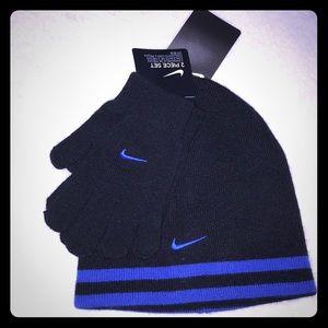 🚨🔥Nike Hat & Gloves 2pc Set.🔥🚨